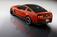 2012-Ford-Mustang-Boss-106