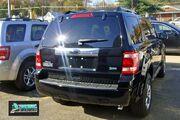 Ford Escape Flex 7893 VA 11 09 with badge