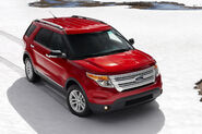 2011-Ford-Explorer-SUV-112