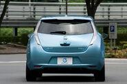 Nissan-leaf hi 013