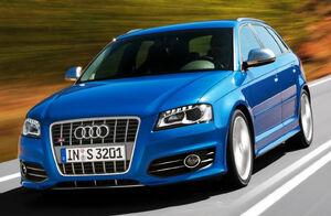 Audi-S3-Sportback-S-Tronic