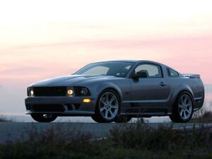 Saleen-Ford Mustang S281 Supercharged 2005 1024x768 wallpaper 01