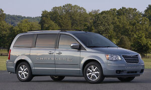 Chrysler-TownandCountry-EV-2