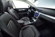 2011-VW-Passat-22