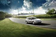 2010-VW-Golf-TDI-12