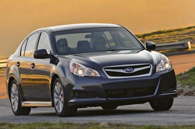2010-Subaru-Legacy-10small