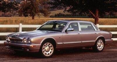 2002 Jaguar XJ Super V8