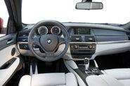2010-BMW-X6M-25