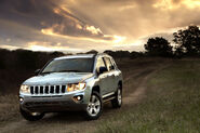 2011-Jeep-Compass-12