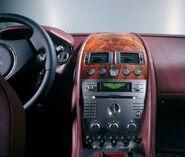 Aston-martin-db9 in2