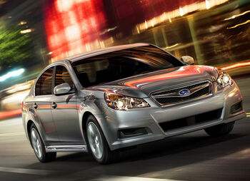 2010-Subaru-Legacy-3small