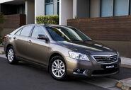 2010-Toyota-Aurion-2