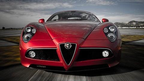 First Test - Alfa Romeo 8C Competizione