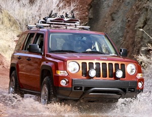 02-easter-jeep-safarismall