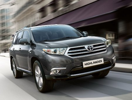 2011-Toyota-Highlander-Carscoop-3small