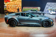 2017-Chevrolet-Corvette-Grand-Sport-side
