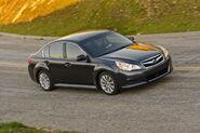 2010-Subaru-Legacy-11