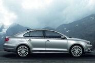 2011-Volkswagen-Jetta-8
