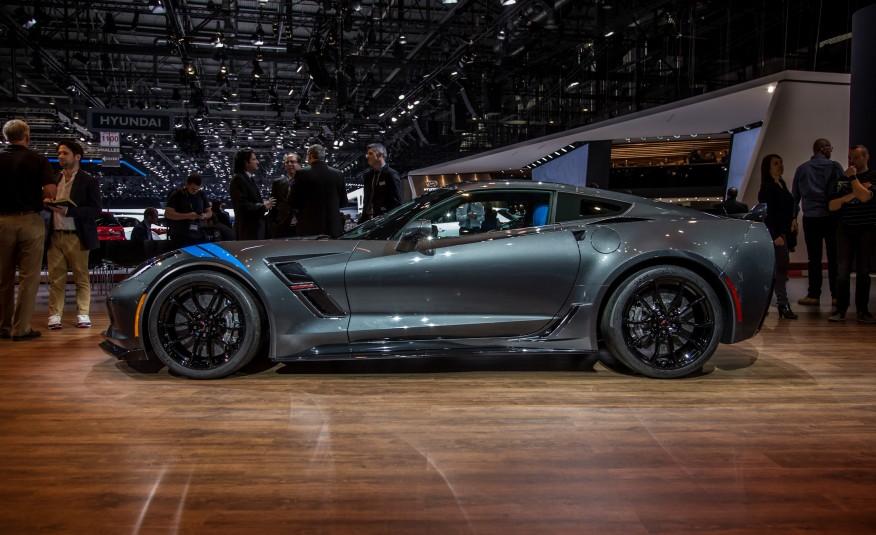 2017 Chevrolet Corvette Grand Sport 1033 876x535 Jpg
