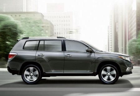 2011-Toyota-Highlander-Carscoop-14small