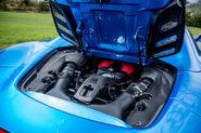 2016-Ferrari-488-Spider-engine-02