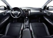 Nissan-tiida 2012 8