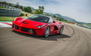 2014-ferrari-laferrari-first-drive-review