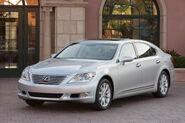 2010-Lexus-LS460-1