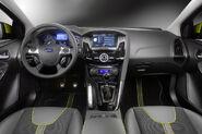 2011-Ford-Focus-3