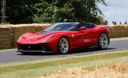 2014-Ferrari-F12-TRS-3