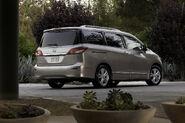 2011-Nissan-Quest-23