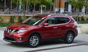 117062-2015-nissan-rogue-sl-awd-review-by-john-heilig.1-lg