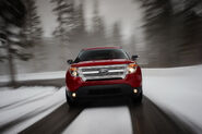2011-Ford-Explorer-SUV-128