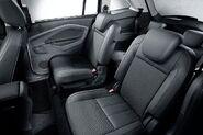 Fordgrandcmax---09