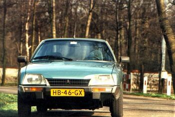 800px-Citroen CX serie 1