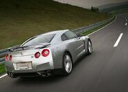 Nissan-GT-R 2008 21