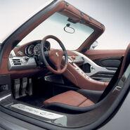 Porsche-Carrera-GT-Interior