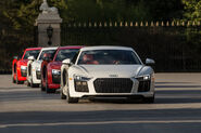 2017-Audi-R8-V10-Plus-front-end-in-motion-1