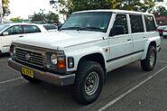 1920px-1995-1997 Nissan Patrol (GQ II) RX wagon 01