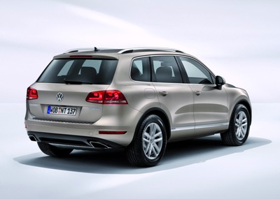 2011-Volkswagen-Touareg-14458small