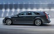 Cadillac-CTS-V-Sport-Wagon-2