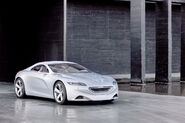 Peugeot-SR1-Concept-11