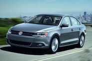 2011-Volkswagen-Jetta-4