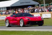 2014-Ferrari-F12-TRS-10