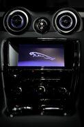 Jaguar-XJ75-Platinum-1