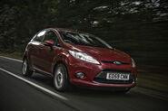 Ford-Fiesta-Titanium-Individual-2