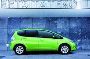 2011-Honda-Jazz-Hybrid-2