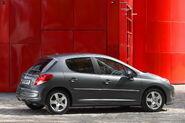 2010-Peugeot-207-5d-18