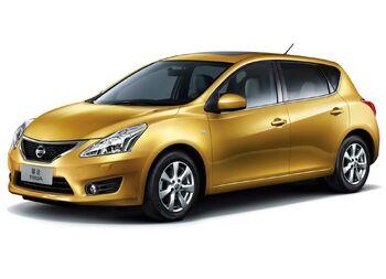 Nissan-tiida 2012 01