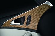 2012-Audi-A6-24